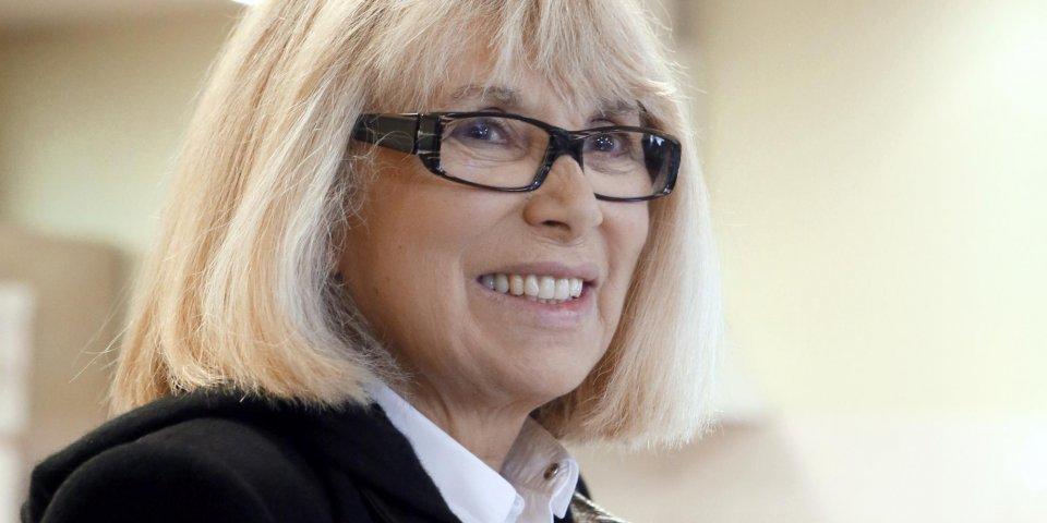 AVC, hémorragie, coma : comment Mireille Darc s'est battue pendant des années