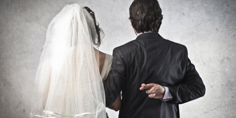 Couple: les 10 signes qui peuvent trahir une double vie