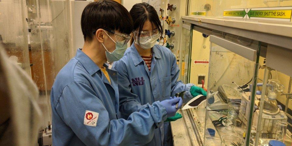 Coronavirus : bientôt un masque auto-désinfectant neutralisant le SARS-CoV 2 ?
