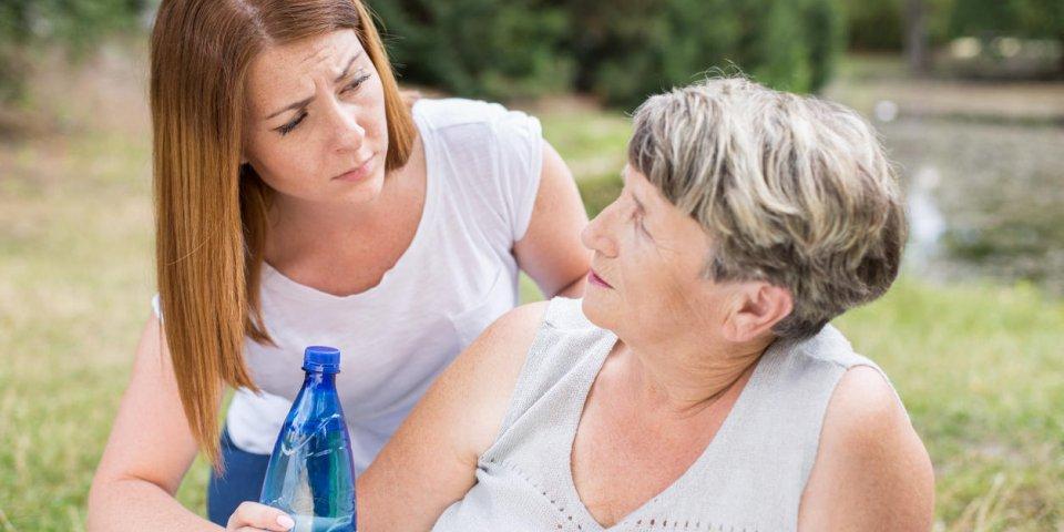 Plan canicule : 4 conseils pour protéger les personnes âgées