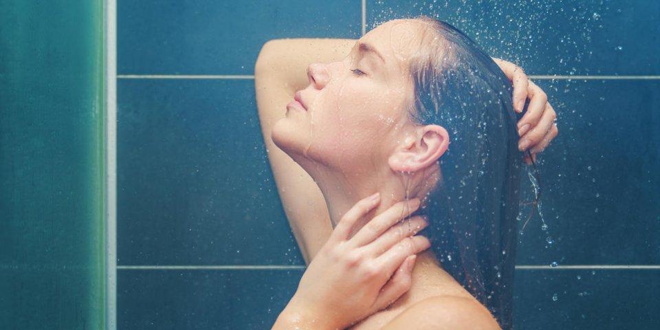 Pipi sous la douche : pourquoi c'est dangereux pour les femmes