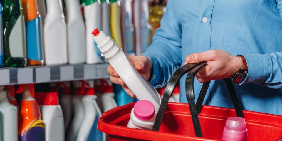Pollution de l'air intérieur : attention à ces produits ménagers