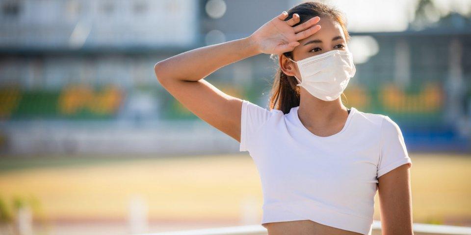 Pic de chaleur : respirer fort peut faciliter la transmission du coronavirus !