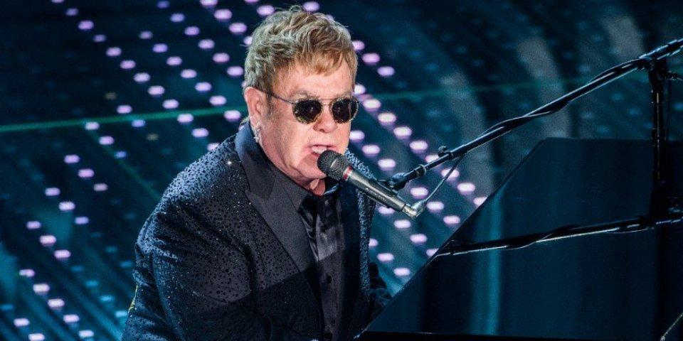 Elton John : pourquoi le chanteur doit se faire opérer en urgence