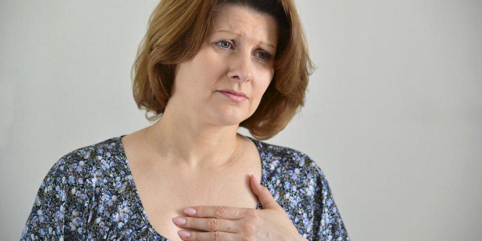 Douleur au sternum : 3 maladies en cause