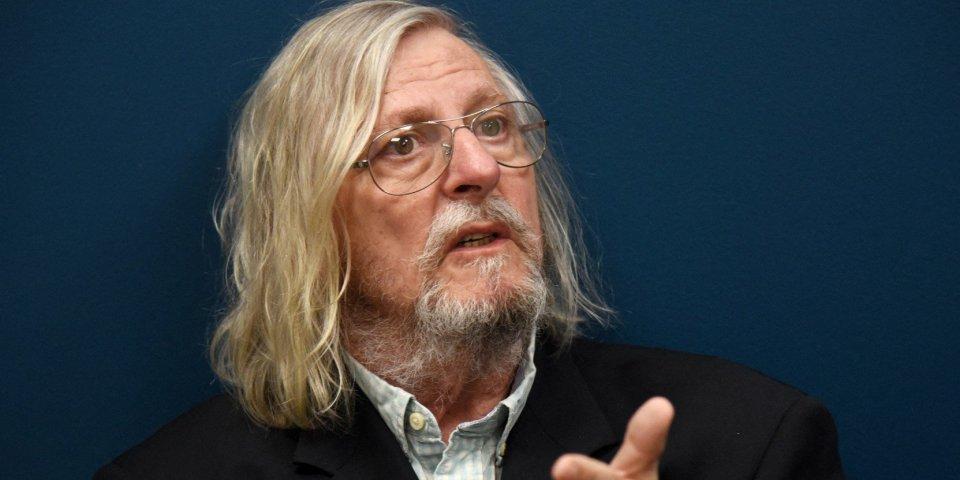 Didier Raoult : réunions sans masque, cluster... Polémique à l'IHU