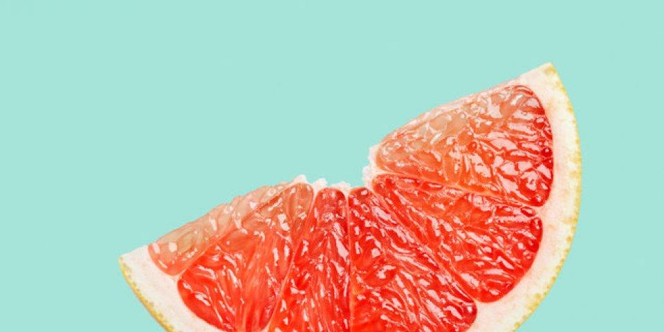 Le pamplemousse peut-il vraiment dissoudre les graisses ?