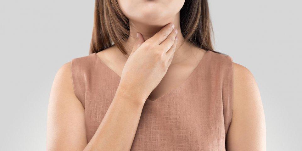 Mal de gorge : une homéopathie anti-inflammatoire