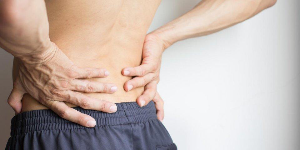 Massage : la solution qui soulage les douleurs en bas du dos