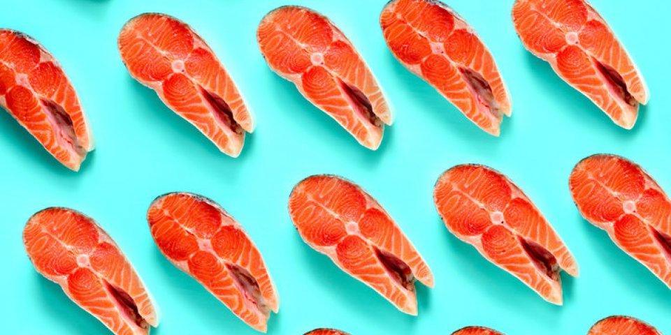 Maladies cardiovasculaires : manger du poisson deux fois par semaine réduit les risques