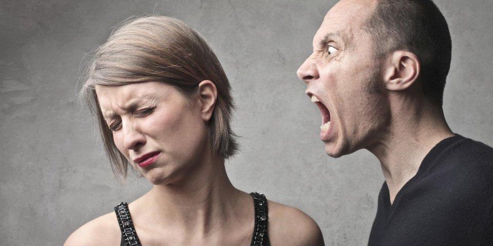 Conjoint insultant : 7 bonnes attitudes à avoir