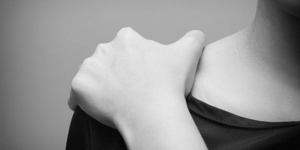 Comment soigner une bursite à l'épaule?