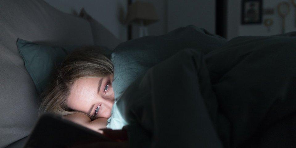 Obésité et sommeil : vous coucher tard peut vous faire prendre du poids