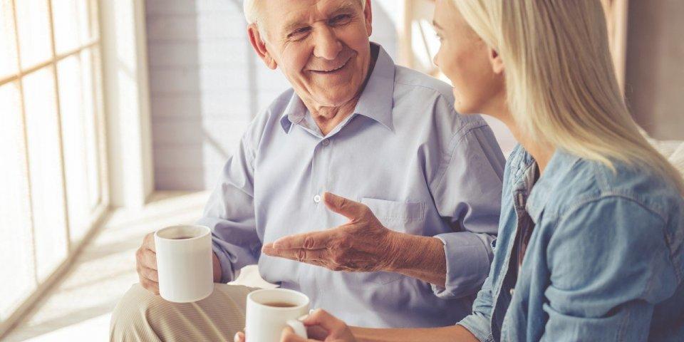 Alzheimer : avoir des amis à l'écoute lutte contre le déclin cognitif
