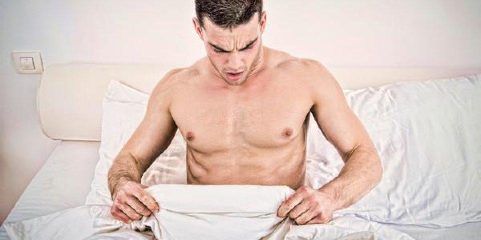 Psoriasis génital chez l'homme et la femme : symptômes, causes, traitements, est-ce contagieux ?