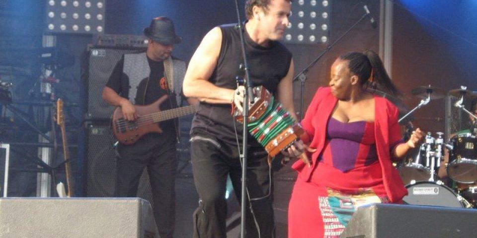 Johnny Clegg, le chanteur sud-africain d'Asimbonanga est mort du cancer